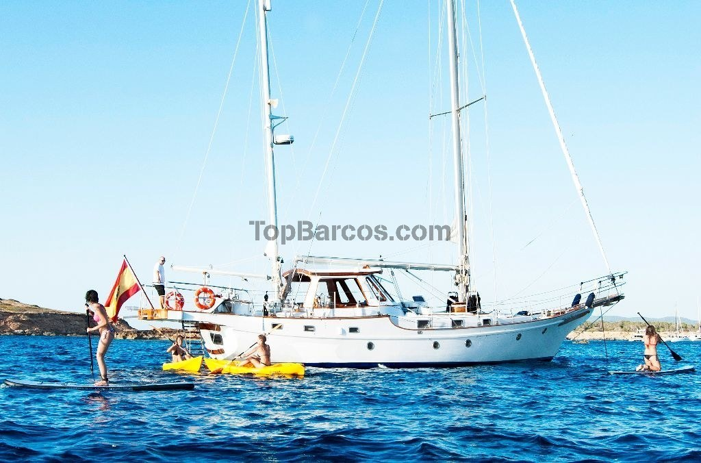 Rent Yacht Bluewater Vagabond 52 In Ibiza Top Boats