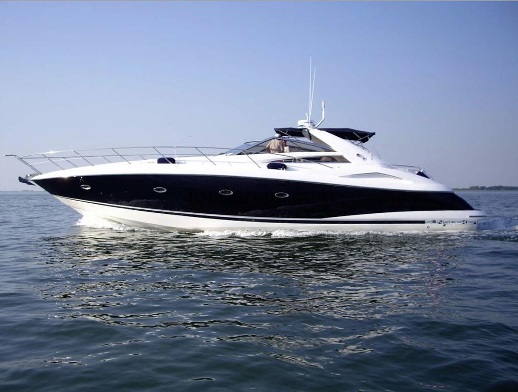 Alquiler barco a motor sunseeker camargue 50 for Barcos sunseeker nuevos