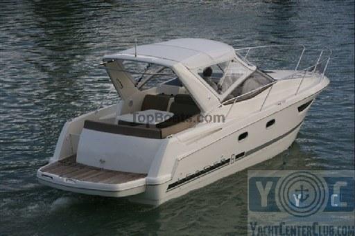 jeanneau leader 8 udine bateaux d 39 occasion top boats. Black Bedroom Furniture Sets. Home Design Ideas