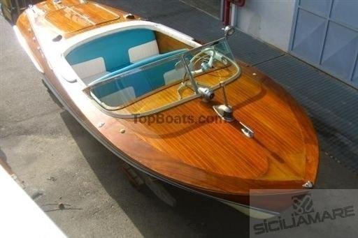 photos de riva ariston palermo pour bateaux d 39 occasion top boats. Black Bedroom Furniture Sets. Home Design Ideas