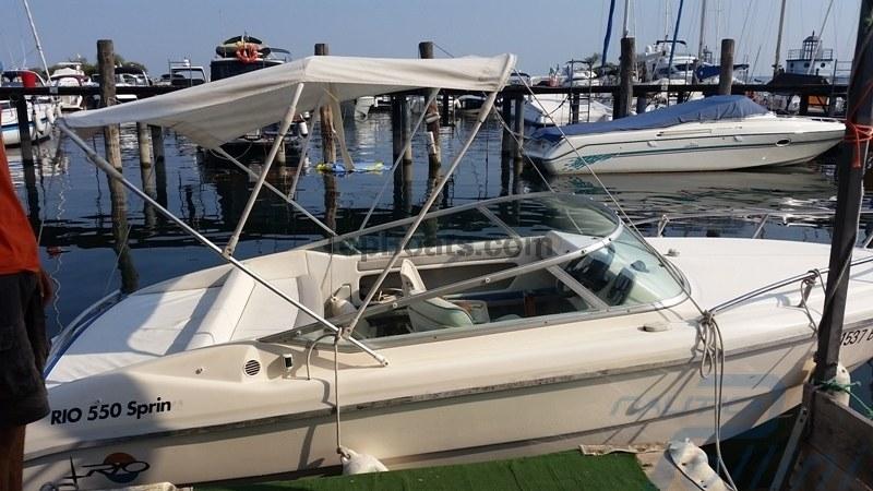 Noleggio barca a motore noleggio rent 550 con patente sul for Noleggio di cabine per lago