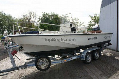 Boston Whaler 18' Outrage in used boats - Top Boats