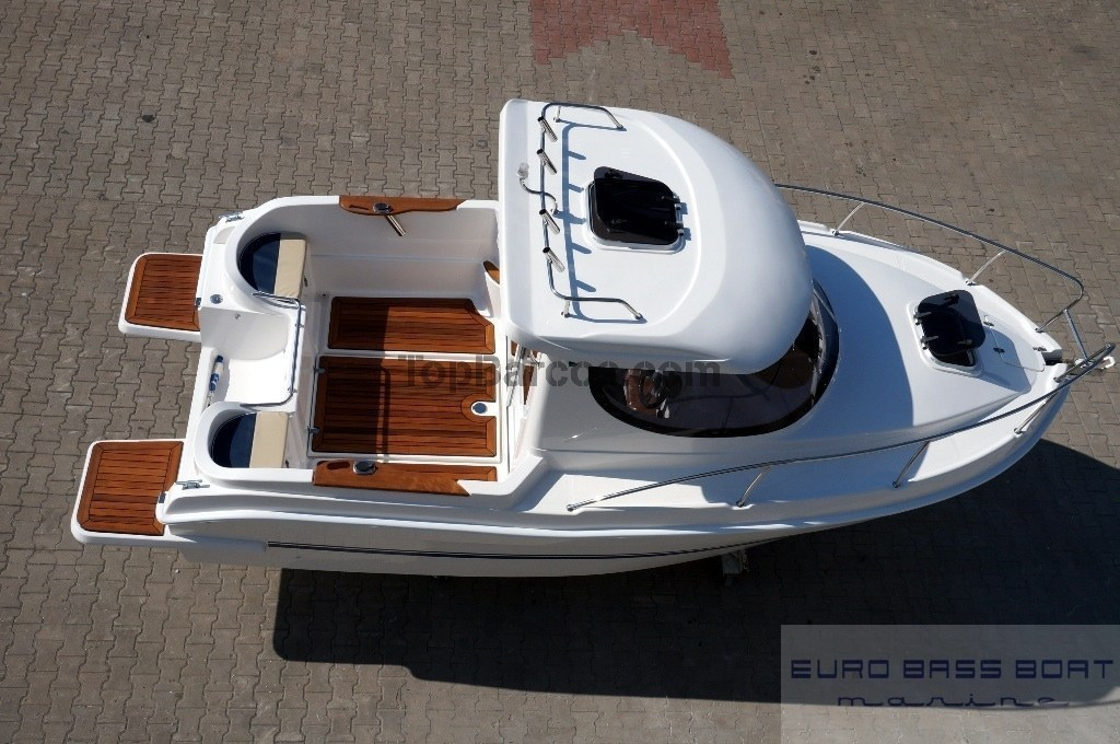 sport yacht pilothouse 580 new boat in madrid top boats